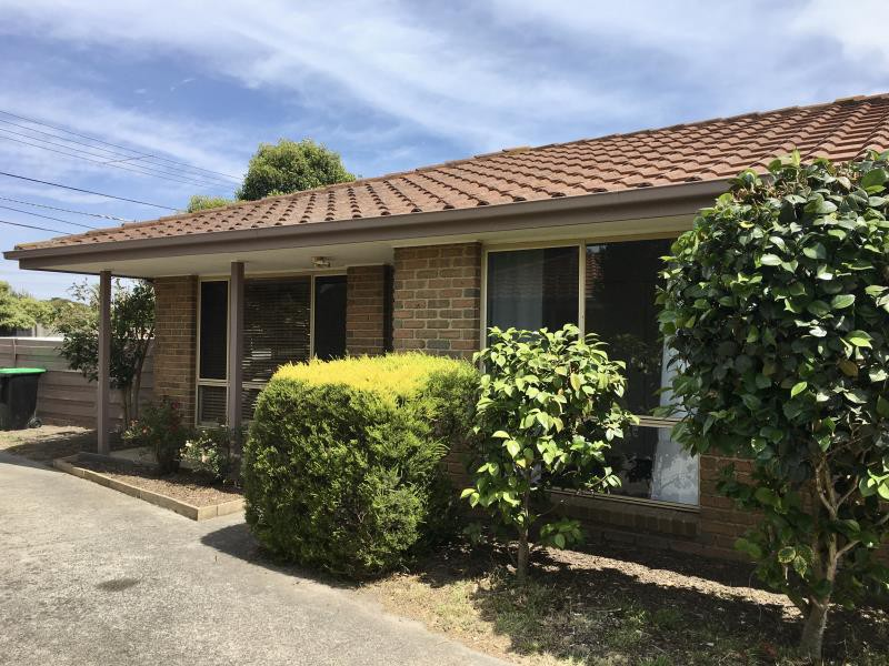 Unit for lease in dandenong